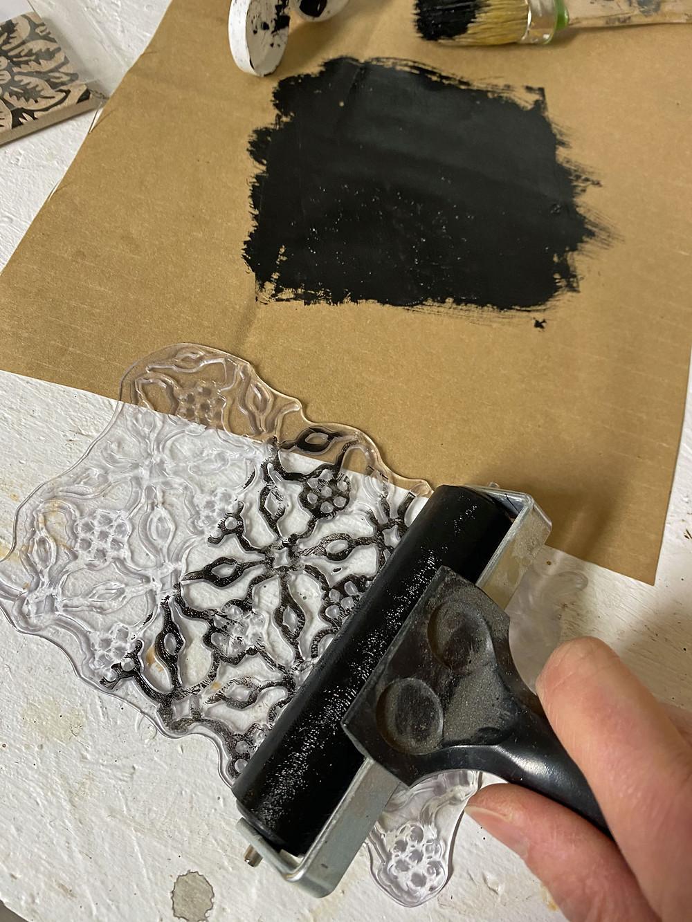 Kreidefarbe oder Acrylfarbe für Stempel
