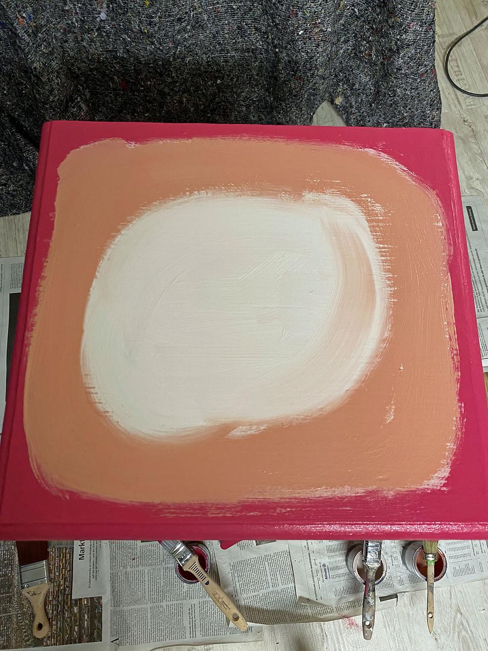 Farbverlauf mit Annie Sloan Capri Pink Kreidefarbe
