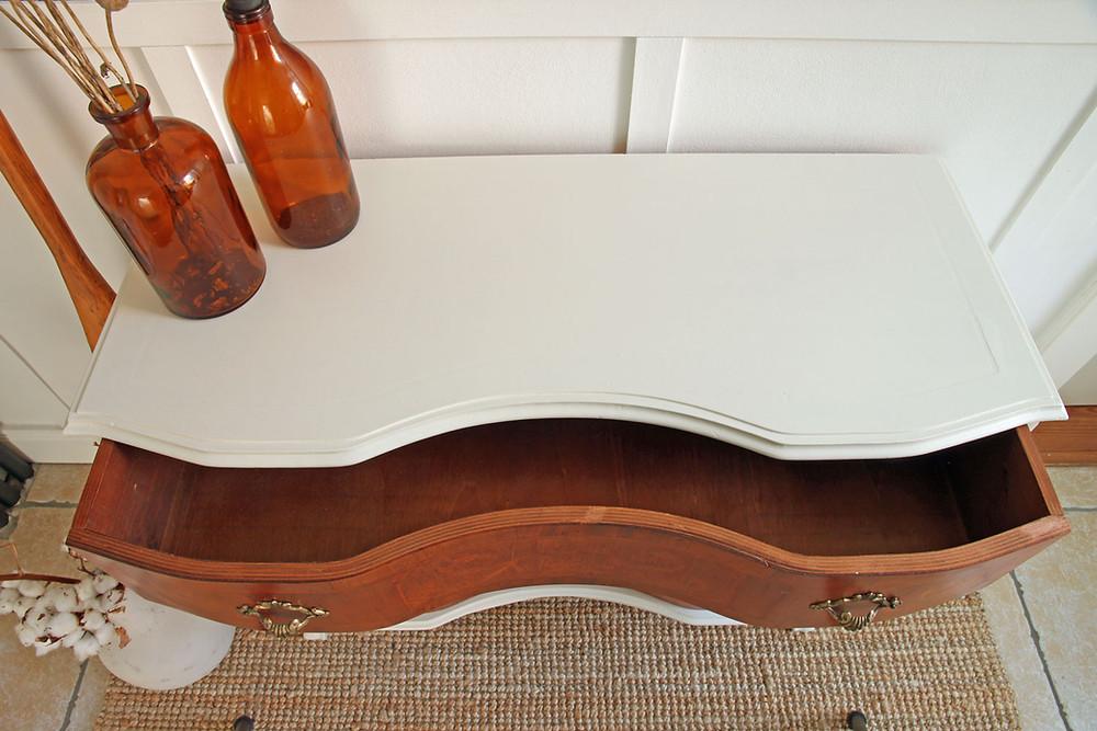 Möbel neu streichen