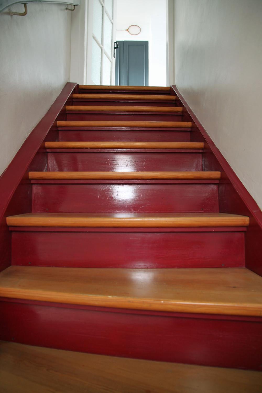 Treppe streichen mit Painting the Past Kreidelack