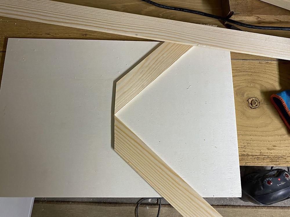 DIY Holztablett von gonepaintin