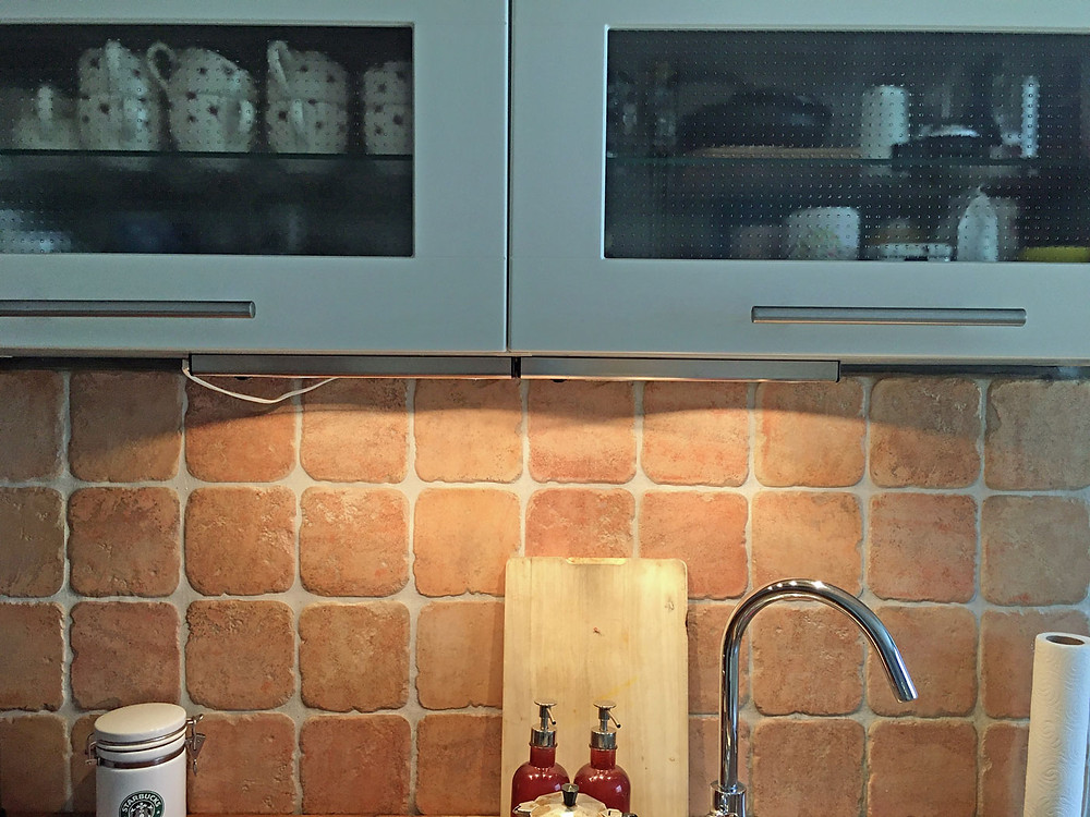 einen Oberschrank in der Küche aufpimpen