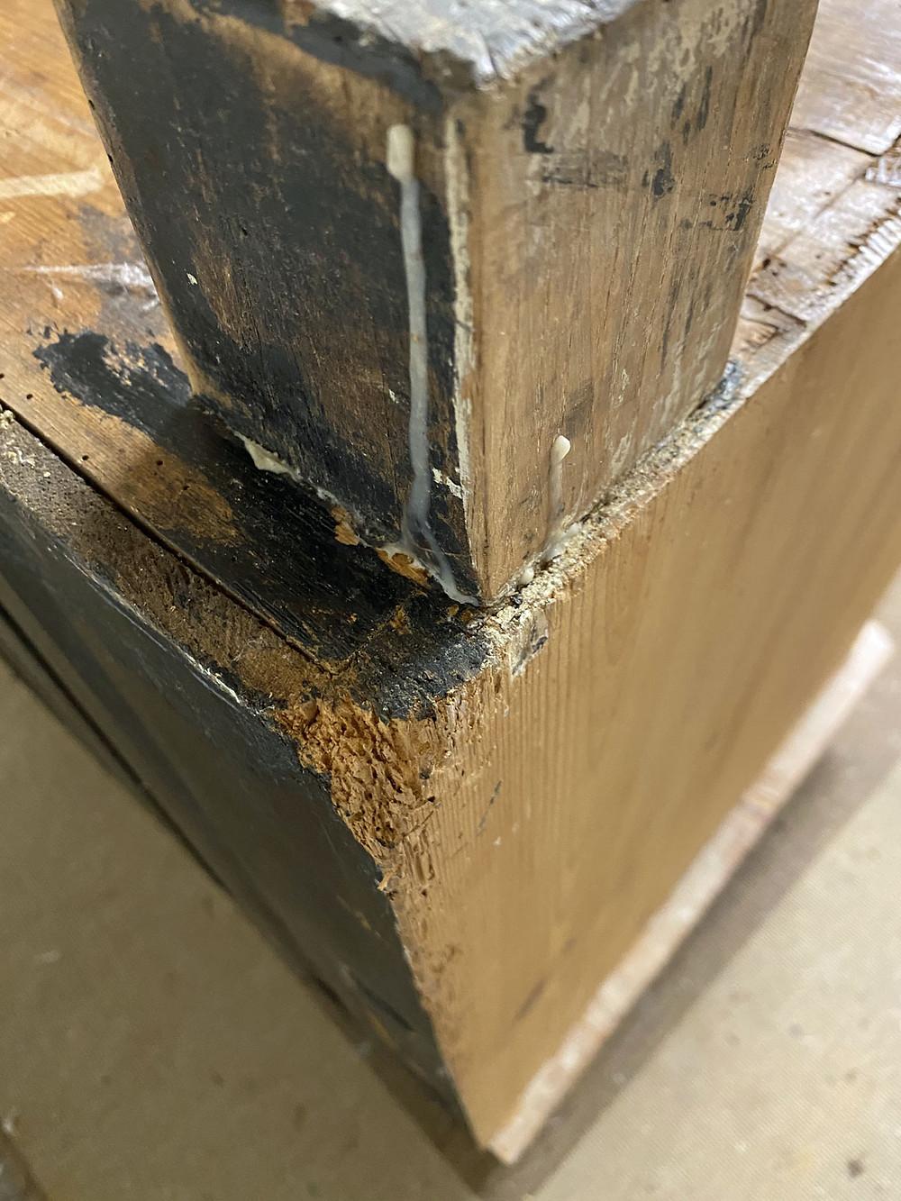 Möbel aufarbeiten Fuß reparieren