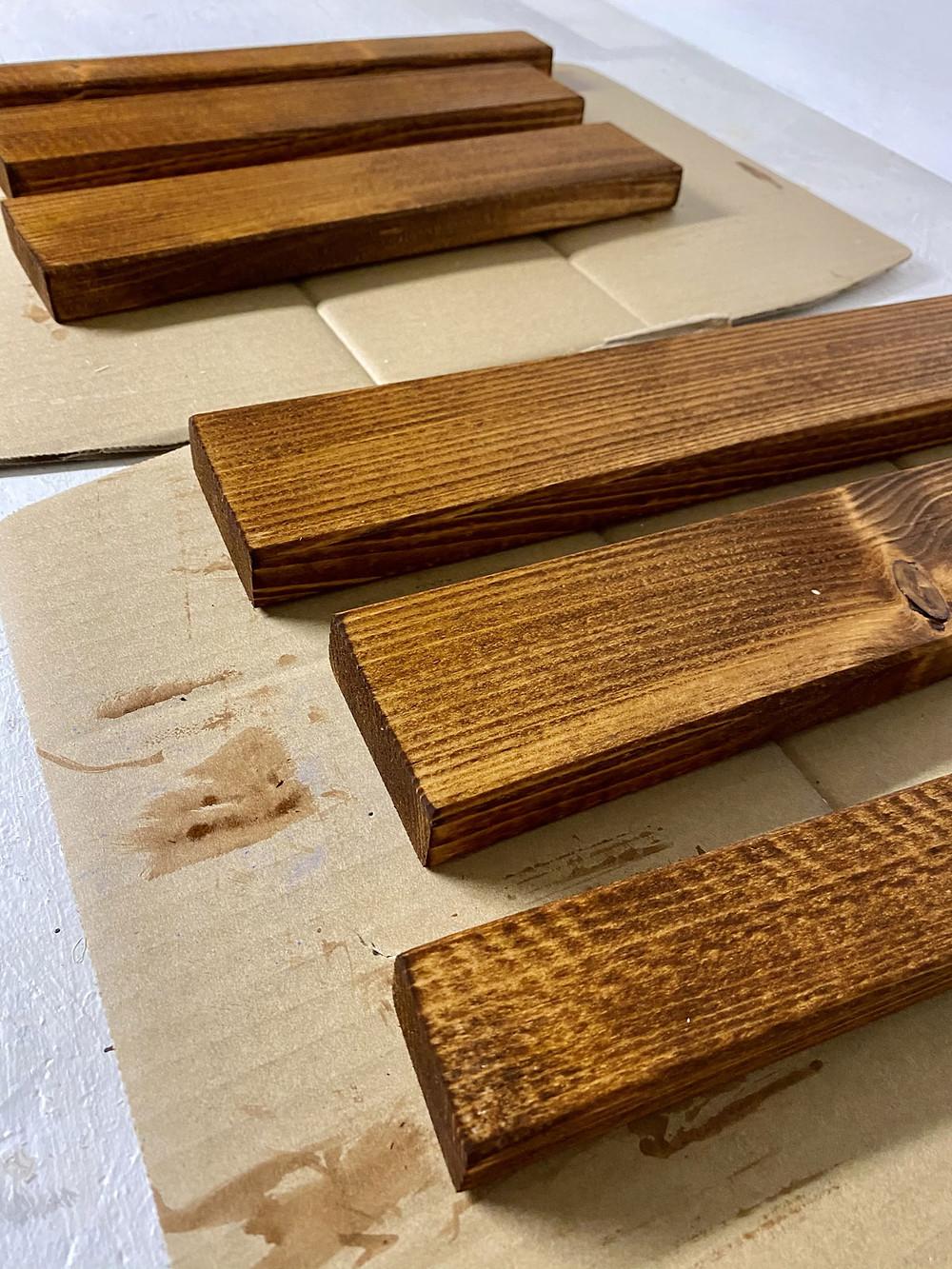 Holz beizen mit gonepaintin