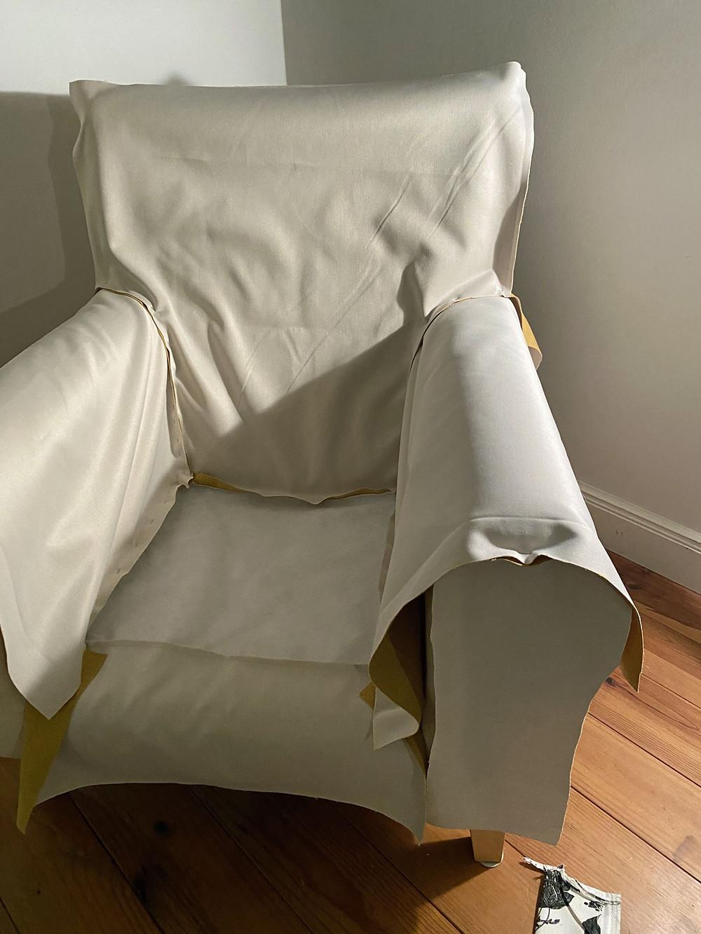Wie man einen Sessel neu bezieht