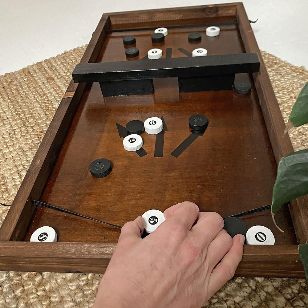 DIY Brettspiel aus Holz mit Pucks Passe Trasse