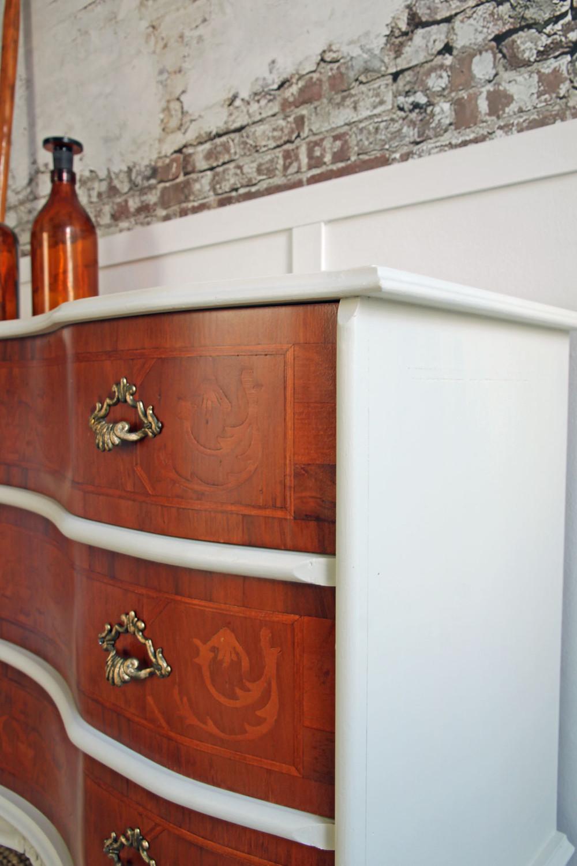 Möbel restaurieren mit Fusion Mineral Paint Farbe