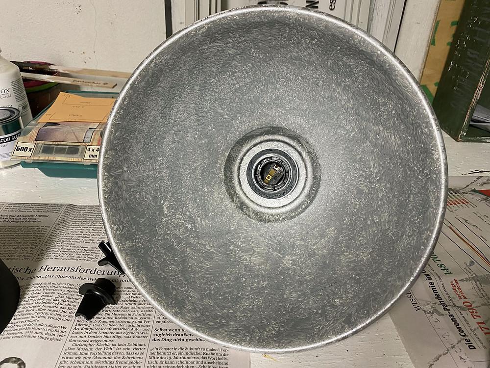 Kreidefarbe silber für Industrielampe