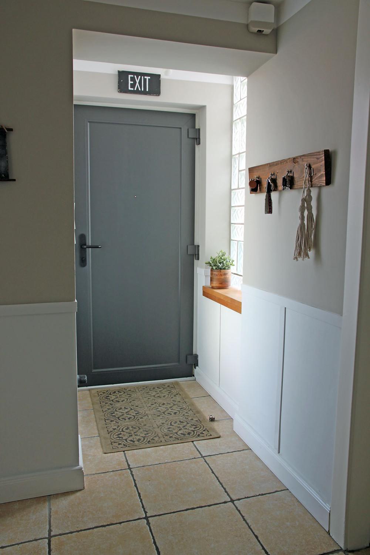Tür streichen mit Kreidefarbe
