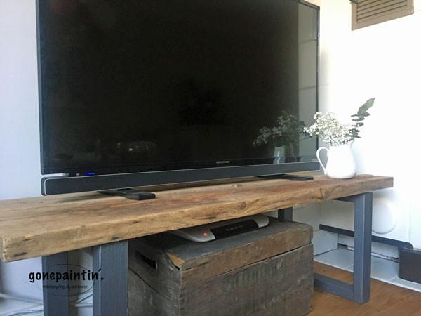 DIY TV Regal selber machen