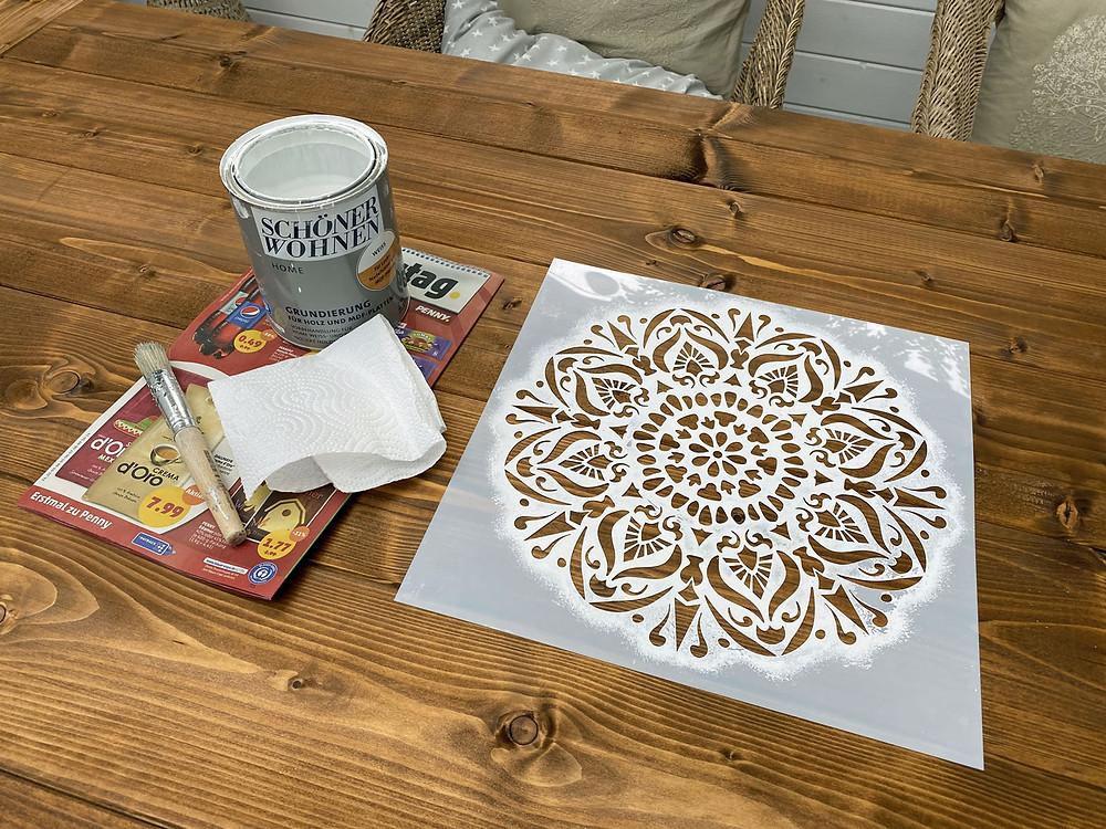 Mandala Schablone für DIY Tischplatte