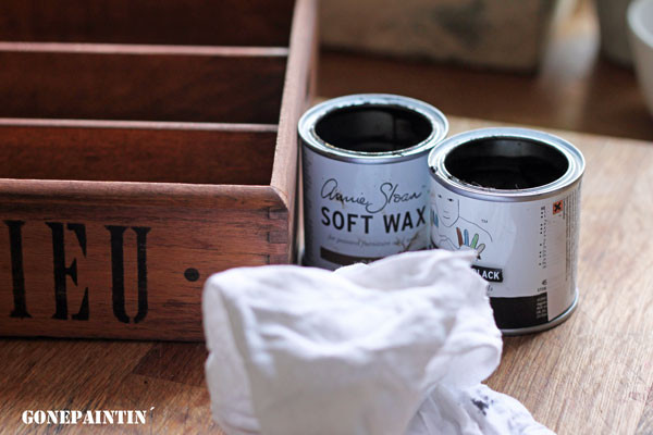 Annie Sloan dark wax