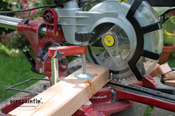 Eine Holzbank bauen mit Bauhaus Magazin Zusägen