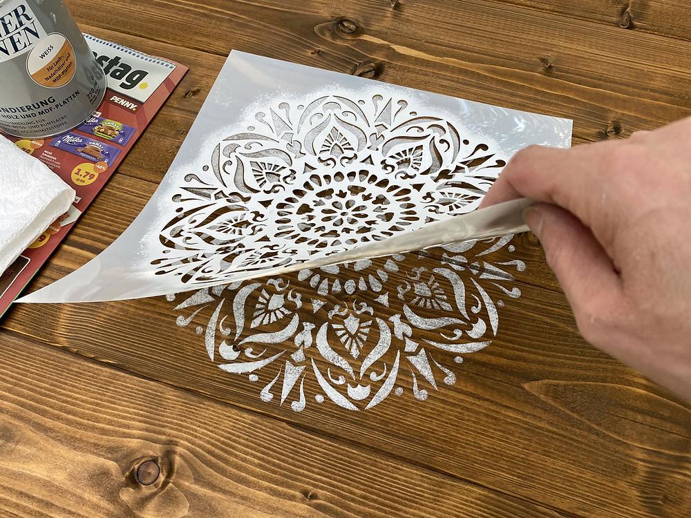 DIY Tischplatte mit Schablone