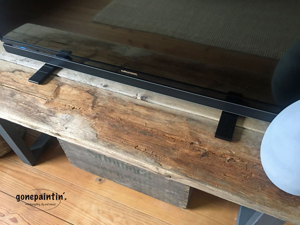 TV Regal selber bauen mit Treibholz