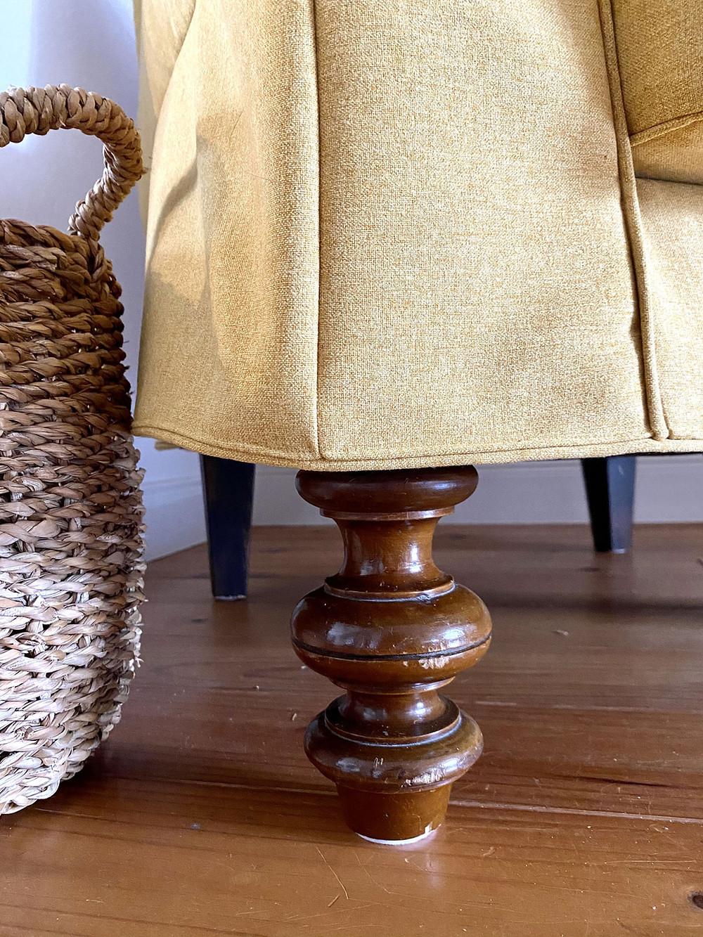 DIY Möbelfüße vom Sperrmüll