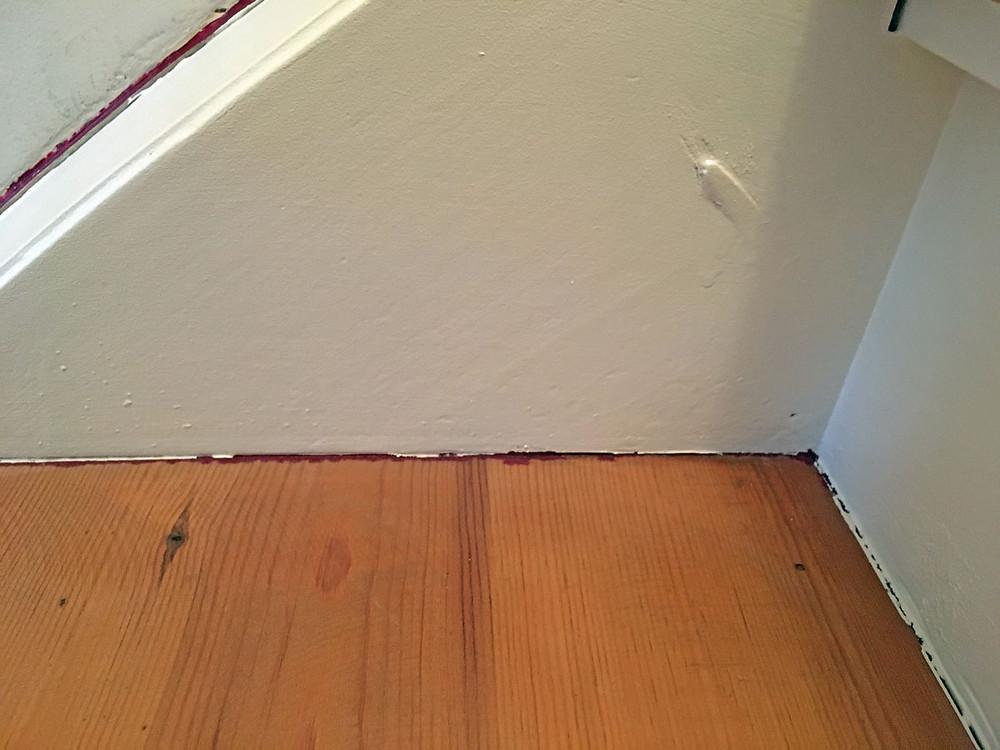 Treppe streichen mit Kreidefarbe Kanten