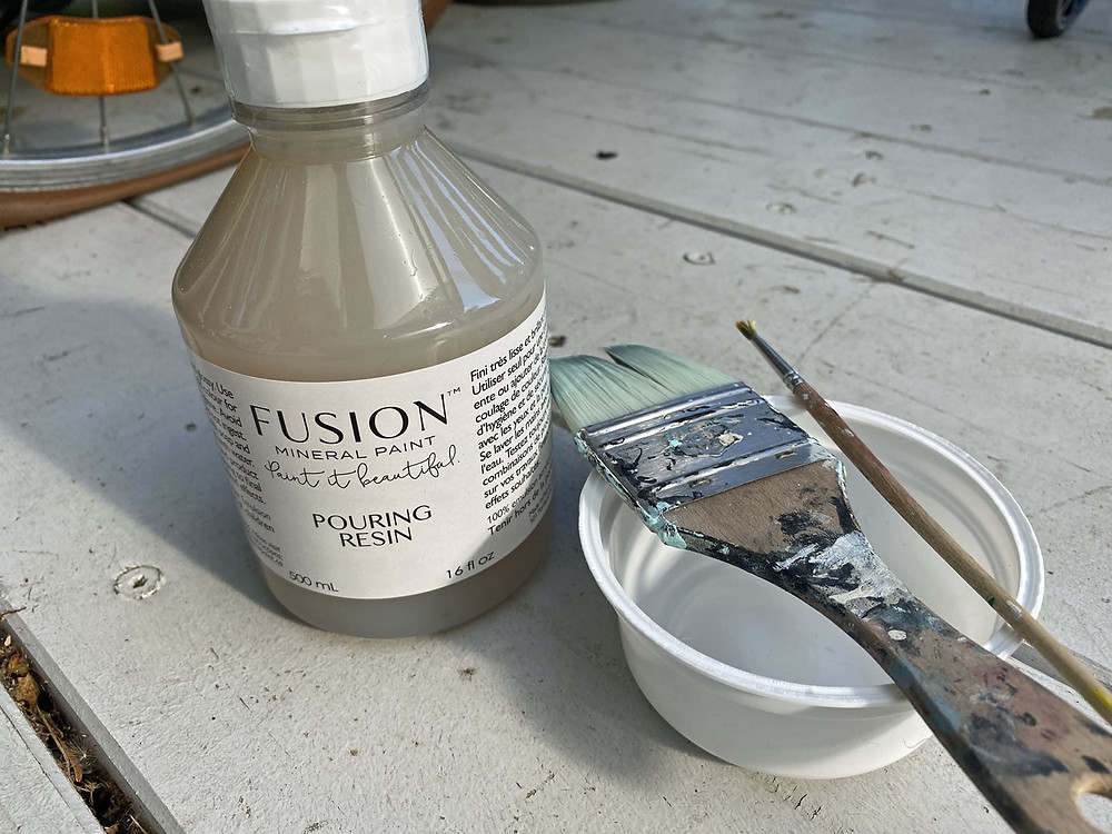 Fusion Mineral Paint Pourin Resin