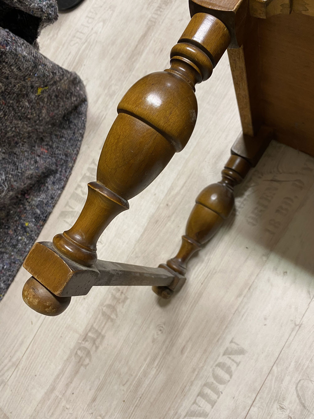 Möbelbeine absägen