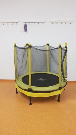 Trampolin mit Seitenschutz