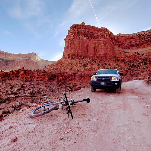 Moab Offroading, DH Biking, and Hiking