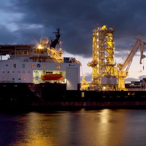 oilshipmain.jpg