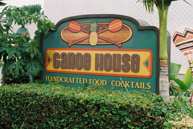 -Canoe House: South Pasadena-
