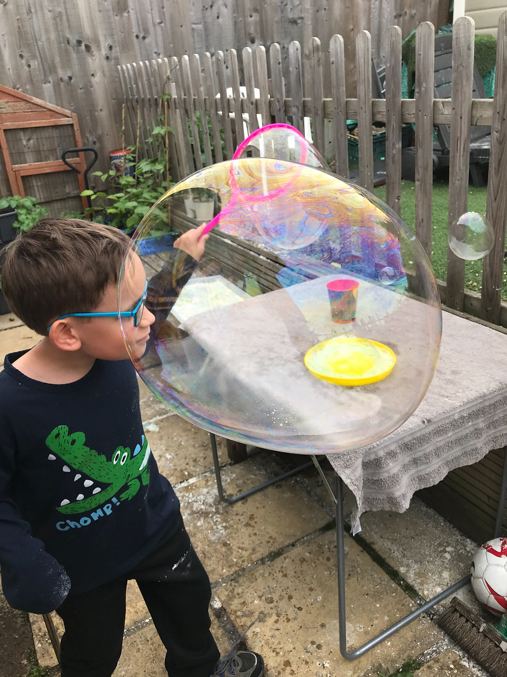 kitchen science super bubbles