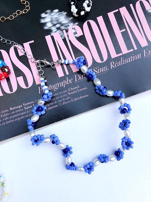 The Pearl Flower Choker // Blue