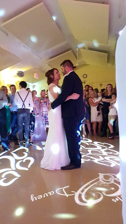 The Happy Couple - Croxton Village
