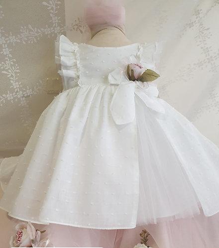 Fırfır Detaylı Tüllü Desenli Kumaş Beyaz Kız Bebek Abiye Elbise