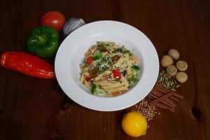 Vegetarian Pasta (creamy-red).png