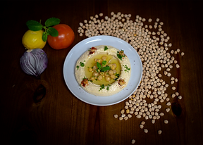 Hummus with bread.png