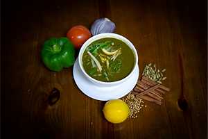 Cheese with Spinach Paneer (Palak Paneer).png