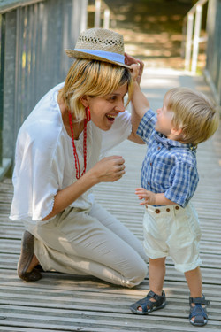 Enfant Gustave et sa maman