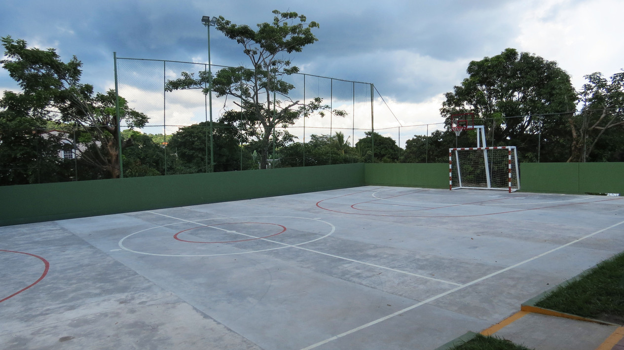 Uso de canchas de fútbol Club Árabe Salvadoreño
