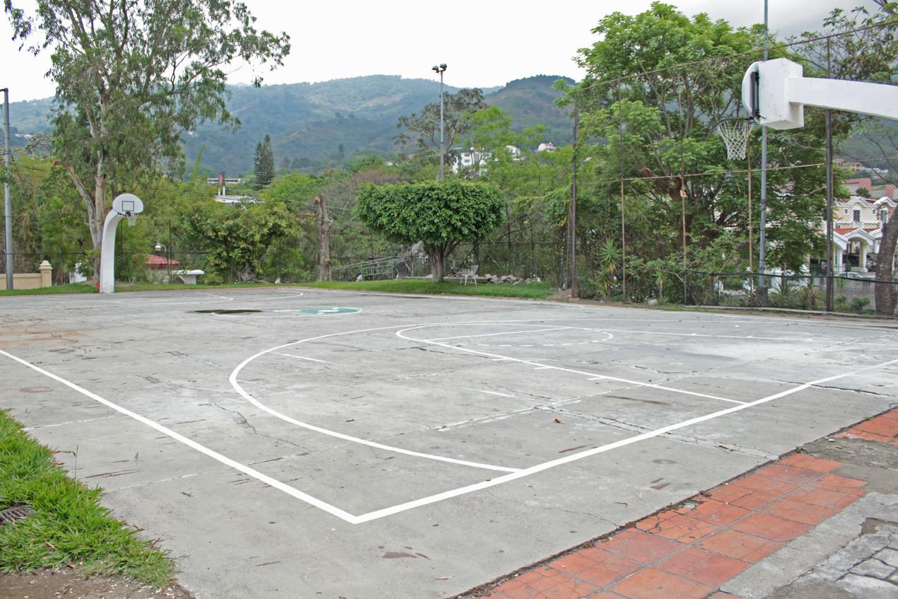 Uso de canchas de básquetbol Club Árabe Salvadoreño