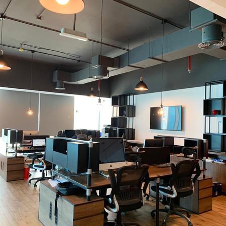 Warrior Dubai Open Industrial ceiling
