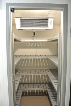 interno di una cella a temperatura normale positiva