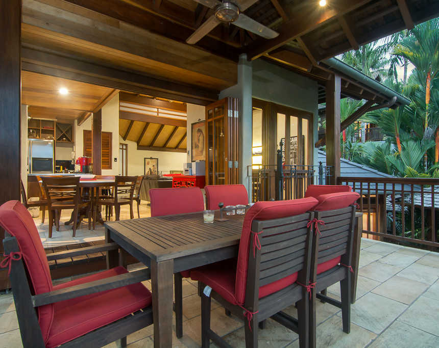 Far Pavilions Outdoor Dining