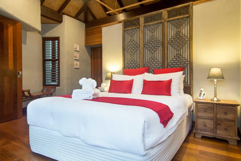Far Pavilions Luxury Master