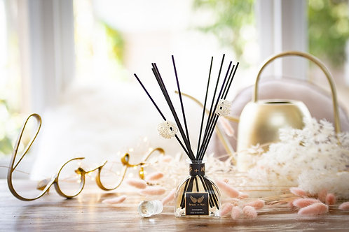 Triple Scented Reed Diffuser - Elderflower and Coconut