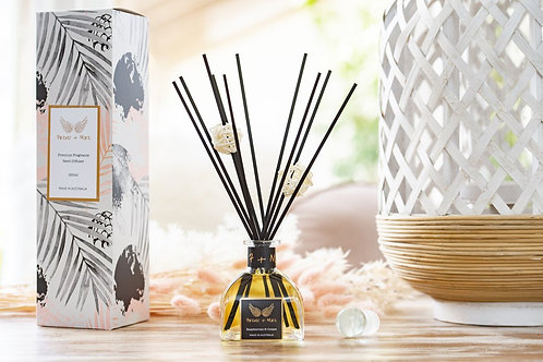 Triple Scented Reed Diffuser - Raspberries and Cream