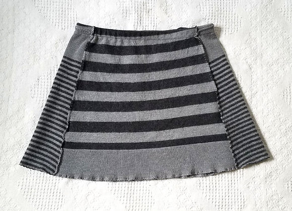 Gray and Black Bumwarmer Yoga Skirt
