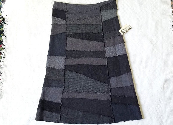 Wool Peace Skirt size M-L