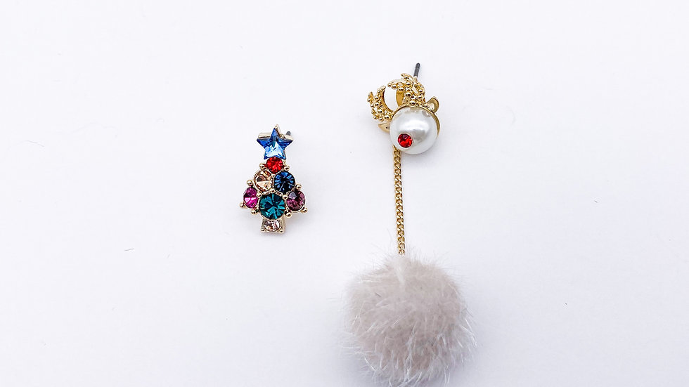 Christmas tree and elk pom pom earrings