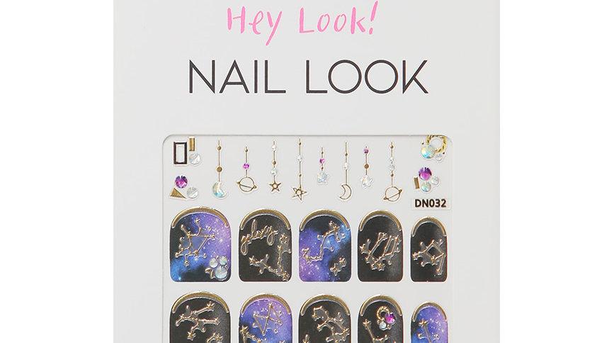Universal Nail Sticker