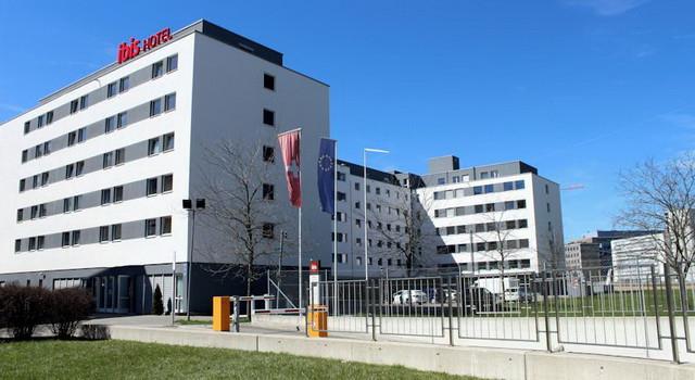 Hotel-Ibis-Glattbrugg.jpg