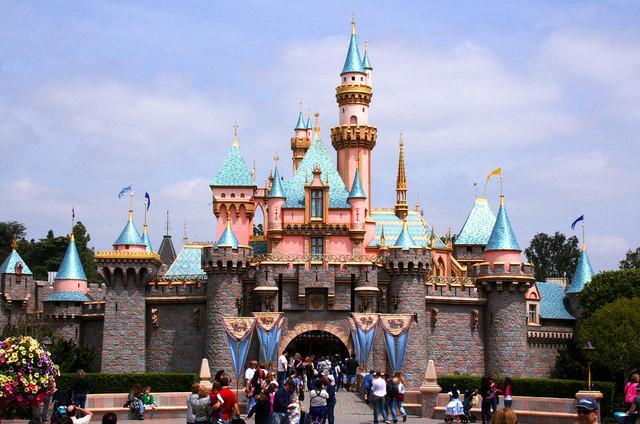 disney_castle.jpg