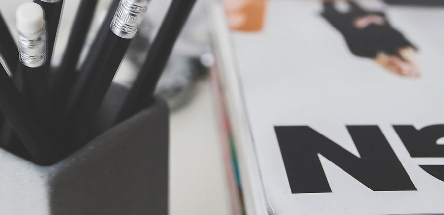 Black Pencils und Magazine